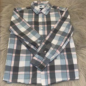 Boys old navy plaid button down long sleeve shirt